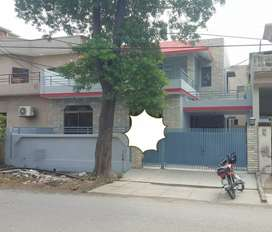 4 Bedrooms House Available for Rent In Phase 1 Near H Block.