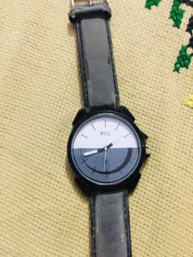 Youth club  watch 200 price