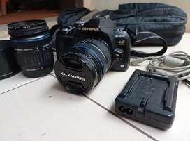 Olympus E510 plus 2 lensa