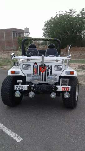 Willys jeeps modified