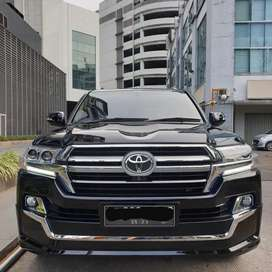 TOYOTA LAND CRUISER FACELIFT 2019. TAHUN 2007/2008 4.6 BLACK ON BEIGE