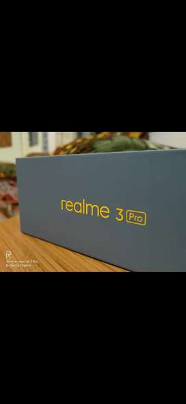 Realme 3 Pro(4/64)