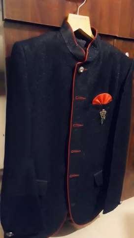 Jodhpuri suit with pent
