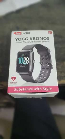 Yogg Kronos smart watch with fitness tracker