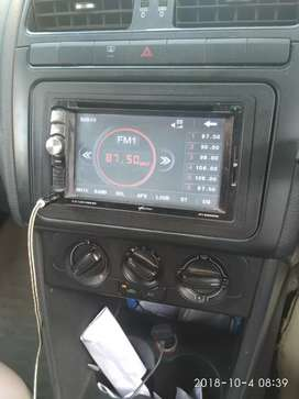 Worldtecch 7in screen touch  sterio for polo & 2 touch screen headrest