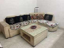 L shaped sofa almost like a new condition