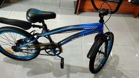 Jual sepeda bmx wimcycle mulus..
