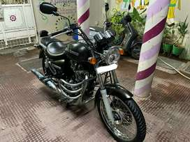 Royal Enfield Thunderbird 350cc just 12000 km driven in mint condition