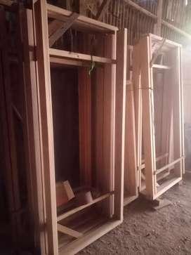 Pintu panel mranti
