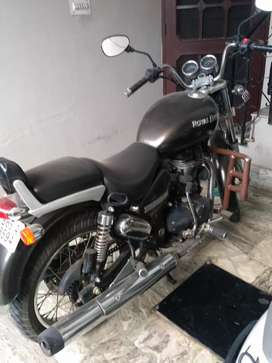 Brand new Royal enfield in very good condition
