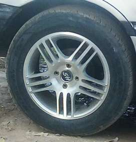 """15"""" alloy rim with good condition tyres"""