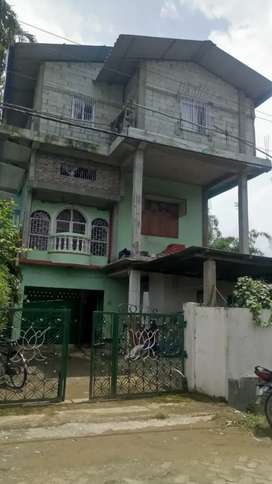 3 store buliding with land plot for sale