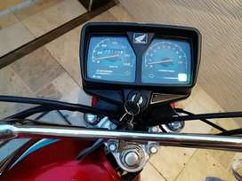 Honda 125cc,red coloured beautiful and well maintained bike.