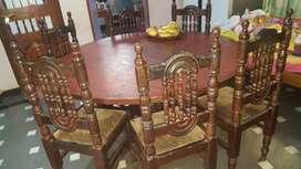 Daining table