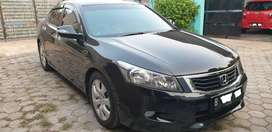 Honda Accord VTiL 2010