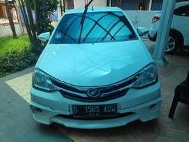Toyota Etios Toms 1.2 E