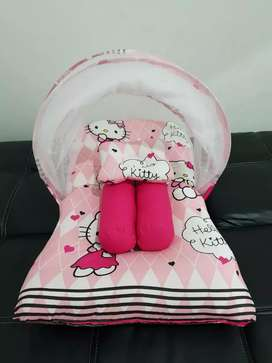 Kasur lipat kelambu bayi hello kitty