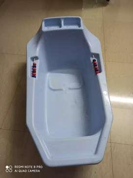 Baby bath tub (0 - 3 age group)