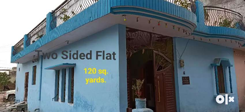 FLAT FOR SALE 2 SIDED GATED COLONY 0