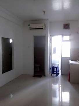 Disewakan apartemen Grand Emerald Studio Room Furnish Murah