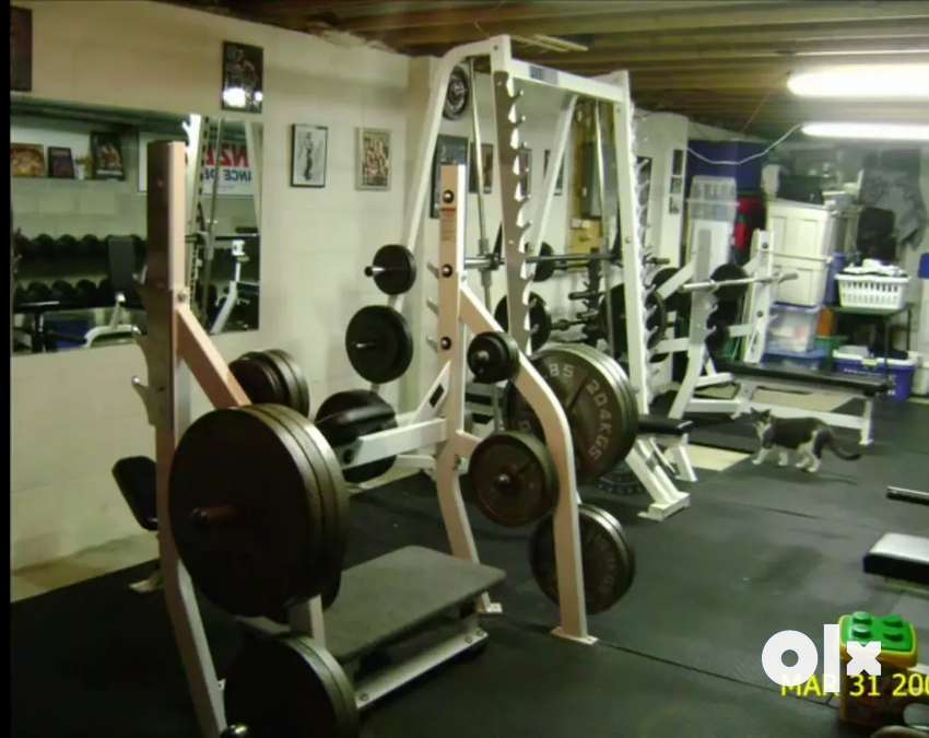 Unique gym set up 0