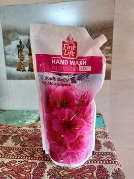 Fine life Handwash 750 ml for ₹130