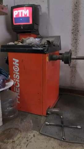 Wheel Balancing Machine, Tire changer , Air Compress