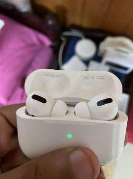 Apple earpod pro 3 weeks used