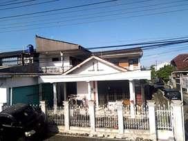 Rumah, Kos dan Ruang Usaha Strategis di Tepi Jalan Janti