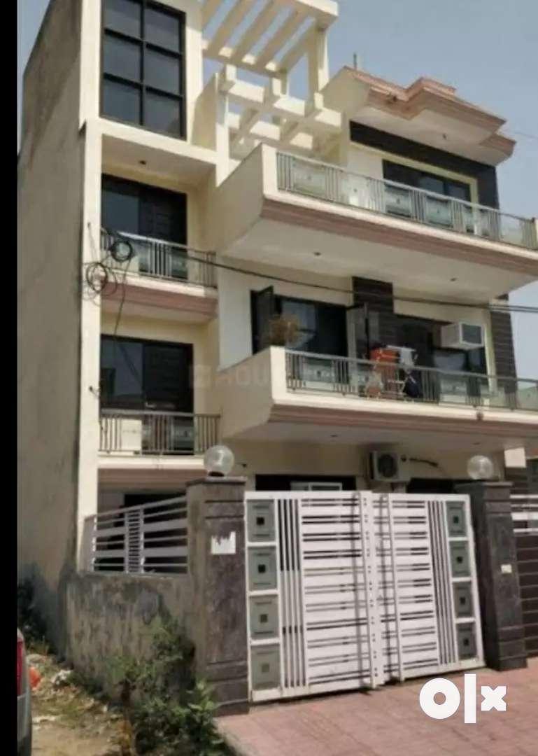 1500 sft Plot Par Independent Double Story House 2700 sft Bana Hai.