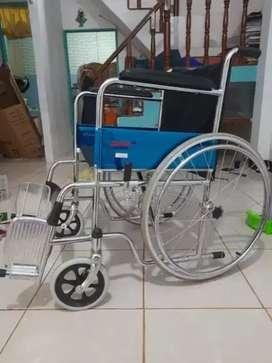 Kursi roda juara chrome