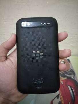 Blackberry clasic Q20 sudah bisa whatsap mulus banget