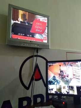 LG LCD ED TV directly imported from U.S.A with check warranty