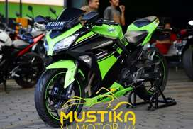 Kawasaki Ninja 250 Se Abs Pmk 2013 pajek Baru-Dp1.5jt Murah Mustika