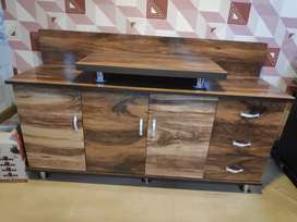 Sell sell.. brand new TV unit in wholesale price.