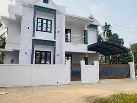 Aluva kadungalloor 3.50cent 1500sqft 3bhk house for sale
