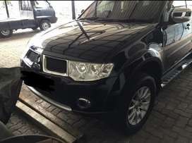 Pajero Sport Exceed 2010 A/T Muluss Black