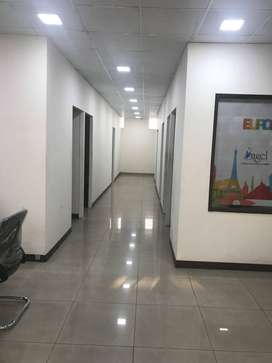 1000sqfeet furnish office near Bus Stand