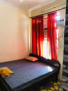 2bedroom set with open space on rent price 7500 and 1room set just