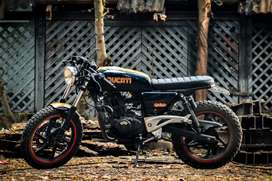 Pulsar 180 modified as cafe racer  for more information u can call me