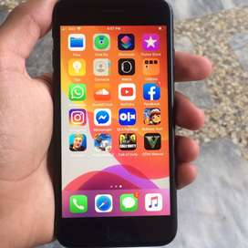 iphone 7 (128 GB) Jet Black for only Rs: 37000-/