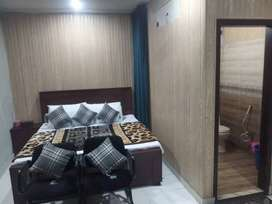 HOTEL executive  luxury beds room@Day 2000 & Night 3000 & weekly 12000