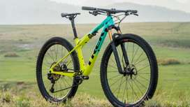 2019 Brand New Full Accesories Fixed Bicycle