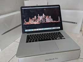 Macbook Pro 2015 15'' i7/16GB/256GB APPLE LAPTOP imac (GADGETZONE)