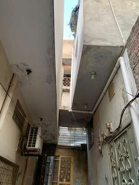 House flat for rent and سيلMain Shahab Pura read ad