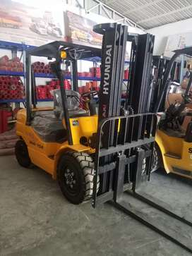 Hyundai fork lifter for sale
