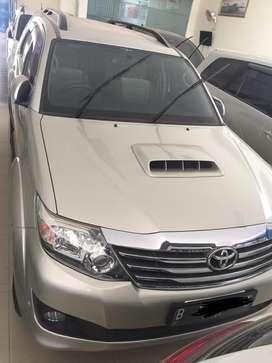 Toyota fortuner g mt diesel 2014 silver (tdp27jt)