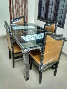 YRK brand. Dining set 4 seater