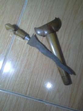 Dijual Keris Antik gagang Kayu Jati asli