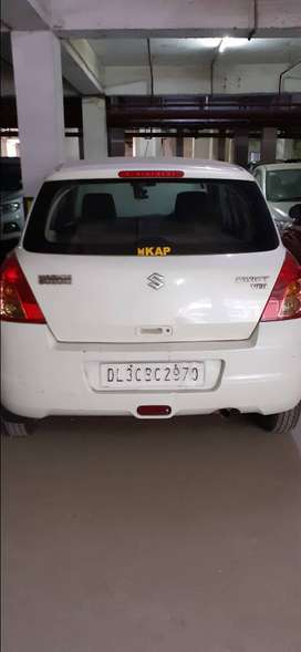 Maruti swift 2009 model excellent condition 95000 kms.5